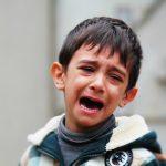 enfant-pleur-150x150 Double ration de frites à la cantine ? Sarkozy acheté par le lobby Europatat