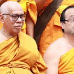 """Francois-Hollande-bouddhisme-bouddha-converti-religion-150x150 Georges Hollande à la TV espagnole : """"François n'a jamais été très dégourdi, déjà à l'école on l'appelait """"Demi-Molle"""""""""""