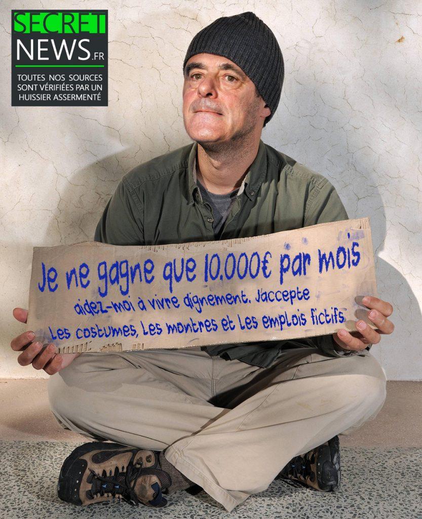 francois-fillon-pauvre-mendiant-clochard-833x1024 En situation de grande précarité et sans économie, François Fillon demande l'accès à l'aide sociale