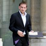 franck-ribery-bac-haut-la-main-150x150 Franck Ribery : Nouvelle égérie de Calvin Klein, séducteur en sous-vêtements