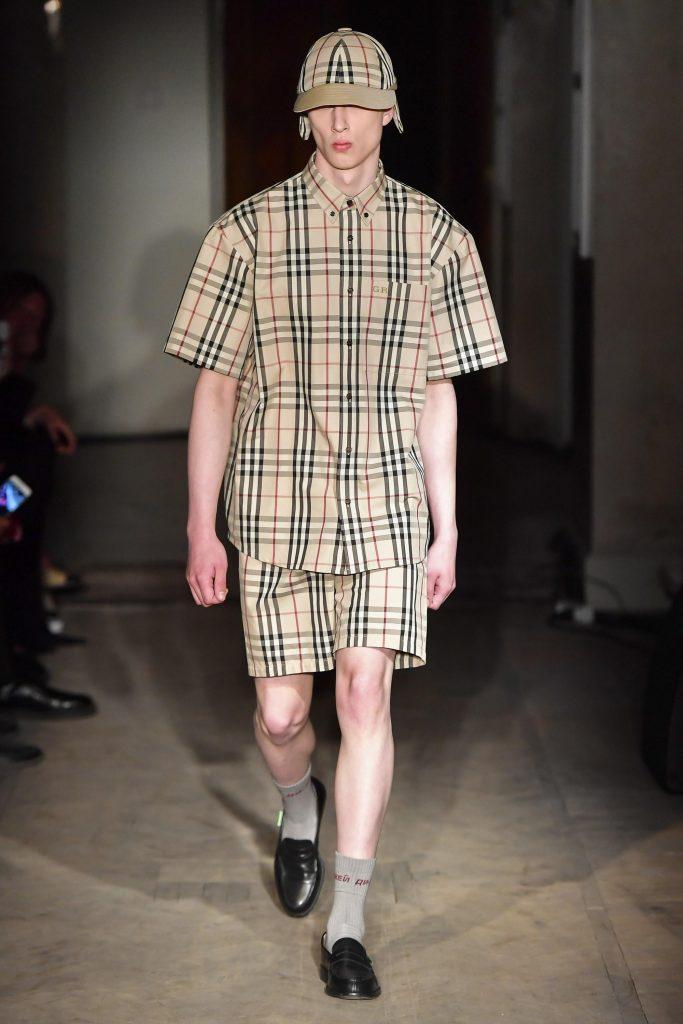 mode-look-ridicule-moche--683x1024 Messieurs, la mode se fout de votre gueule  ! Best Of de la fashion week 2017 (Véridique)