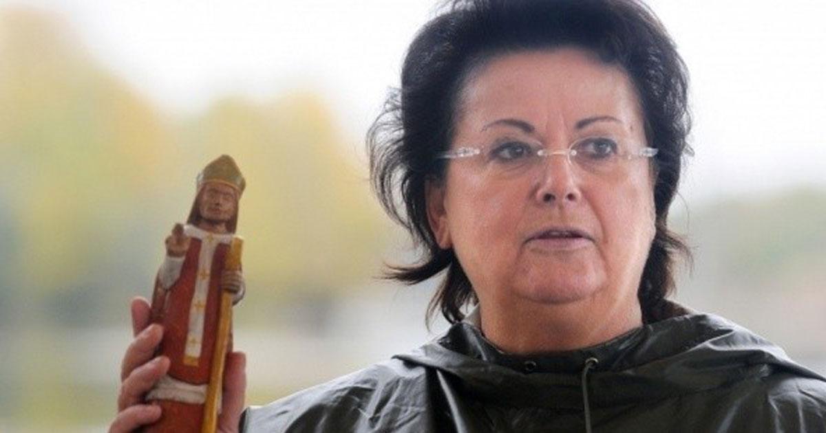 """Christine Boutin va commercialiser un sextoy """"catho-conforme"""" pour dynamiser le marché de l'érotisme religieux"""
