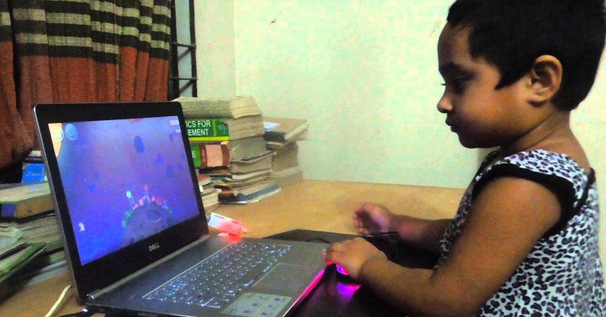 Lysha, la petite indienne de 4 ans qui gère les réseaux sociaux des célébrités (Trump, JUL, etc ...)
