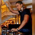 barack-obama-disc-jockey-dj-paris2024-1-150x150 Le Château de Versailles accueillera 250 migrants pour les loger dignement