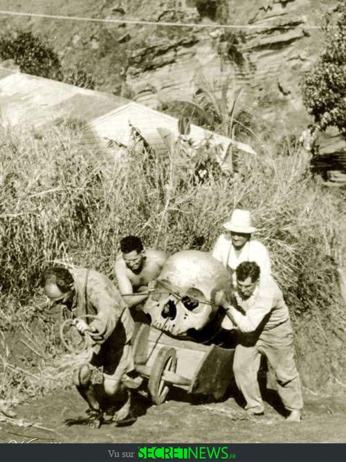 geant-nephilim-giant-photoshop-fake-hoax-1 Les géants et les nephilims ont existé  ! Ces photos du FBI déclassifiées par erreur le prouvent