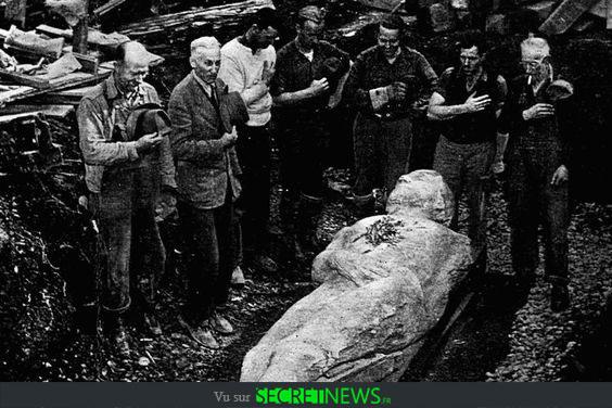geant-nephilim-giant-photoshop-fake-hoax-2 Les géants et les nephilims ont existé  ! Ces photos du FBI déclassifiées par erreur le prouvent