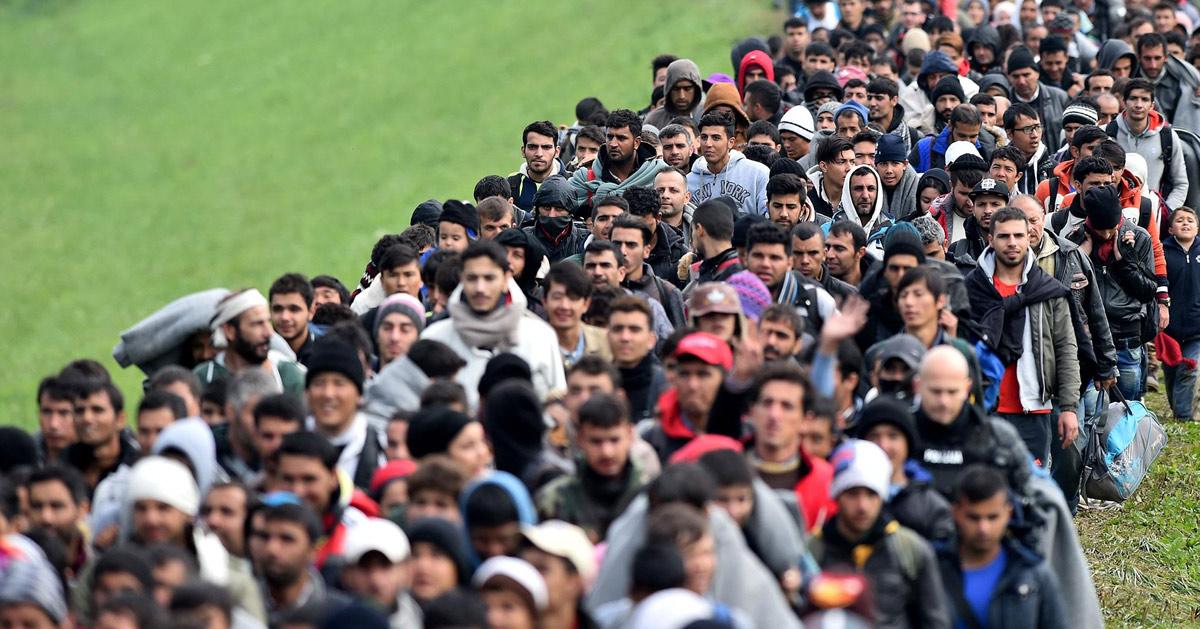 """Catalogne : La France veut accueillir """"au moins 5 000"""" migrants Catalans"""