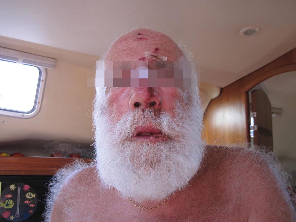 """pere-noel-victime-racisme-agression """"Rentre en Laponie, ici on n'aime pas les barbus !"""" : Le Père Noël victime d'une violente agression raciste"""