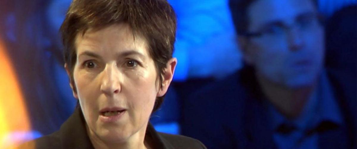 Christine Angot s'est prise elle-même en otage et menace de tuer cet otage si on la vire d'ONPC