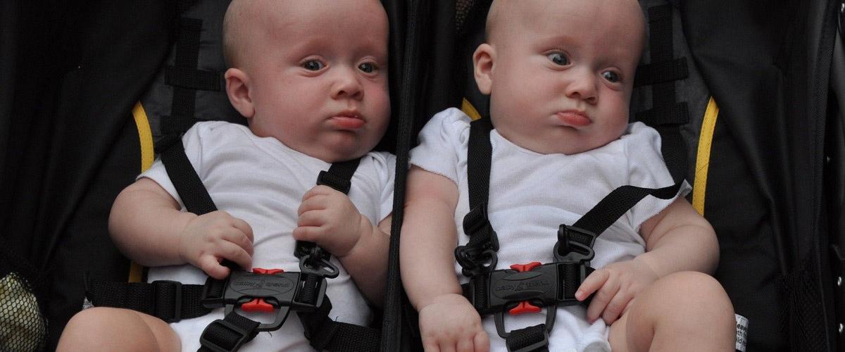 les pr noms gilles et john refus s par l tat civil pour deux jumeaux. Black Bedroom Furniture Sets. Home Design Ideas