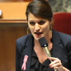 Marlène Schiappa demande aux prêtres pédophiles de respecter la parité garçon-fille parmi leurs victimes