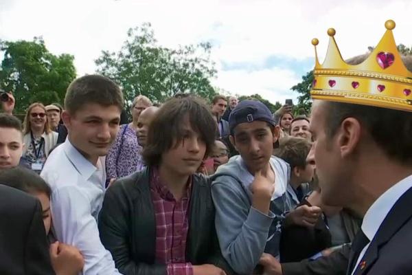 «Tu m'appelles Votre Altesse ou Votre Majesté … » Emmanuel Macron recadre un adolescent qui l'appelle «Manu»