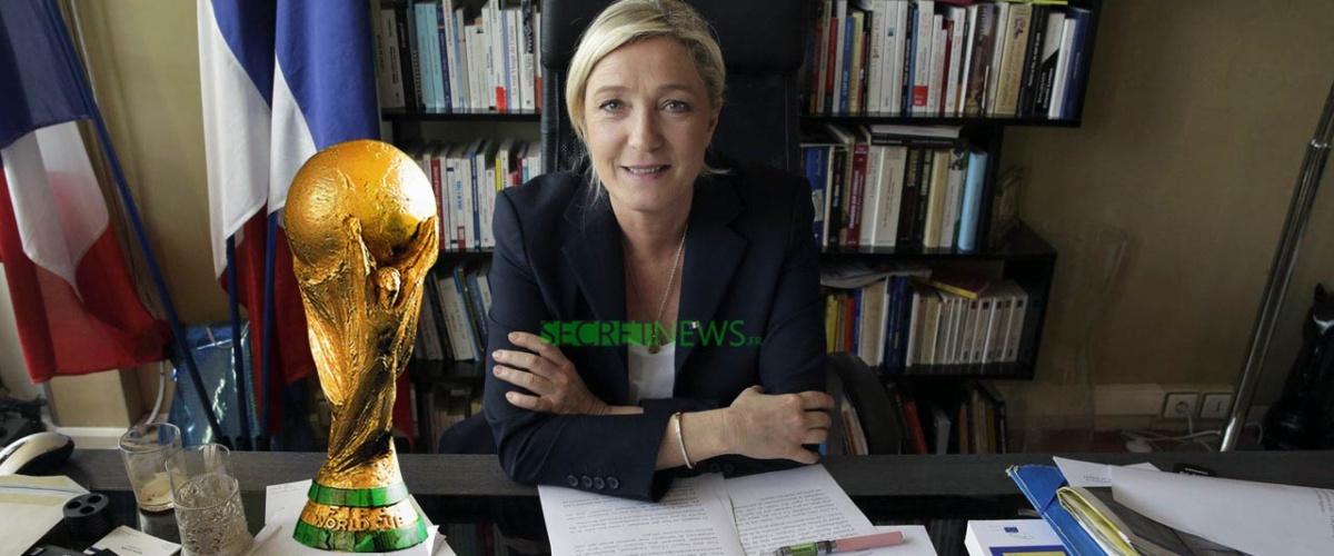 Les joueurs de l'Équipe de France offrent la coupe du monde à Marine Le Pen pour sauver le Rassemblement National