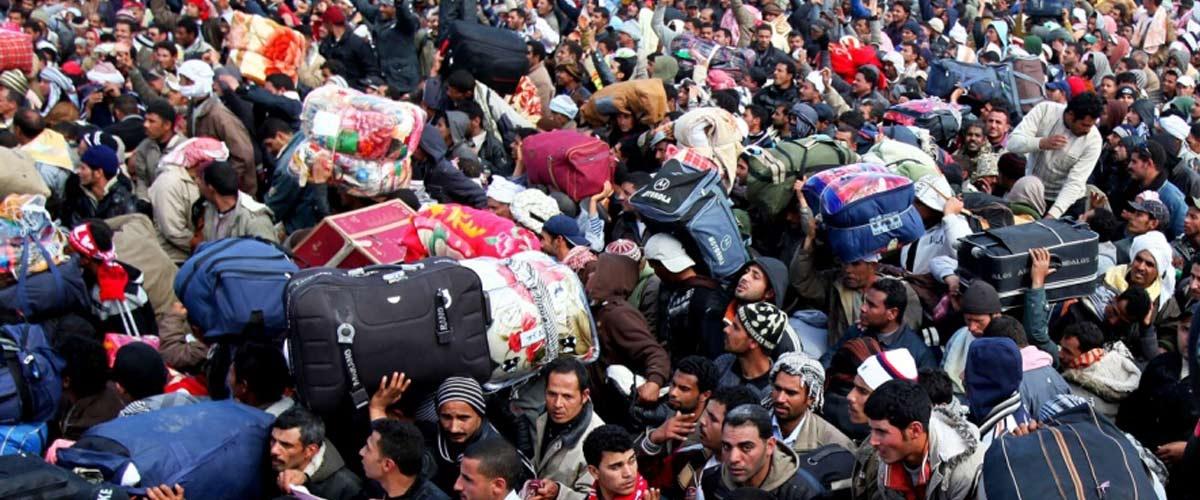 2500 migrants ont profité du match France-Belgique pour accoster discrètement à Marseille