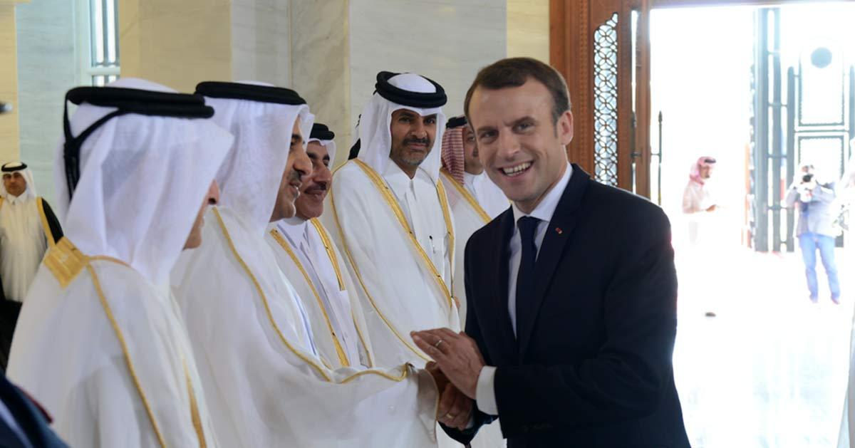 l 39 essence sera moins cher et moi j 39 aurai la paix macron veut vendre la france au qatar avant. Black Bedroom Furniture Sets. Home Design Ideas