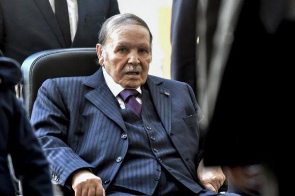 Algérie : Abdelaziz Bouteflika nommé secrétaire d'État à la Jeunesse et aux Sports