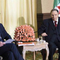 Manuel Valls officiellement candidat en Algérie