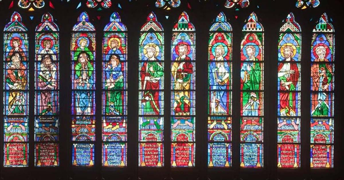 Arnaud, Bouygues, Pinault  et  … Macron … figureront sur les nouveaux vitraux de Notre-Dame